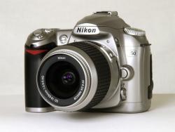 Запчасти Nikon D50 корпус, плата, шлейф, крышка АКБ, кнопка, затвор